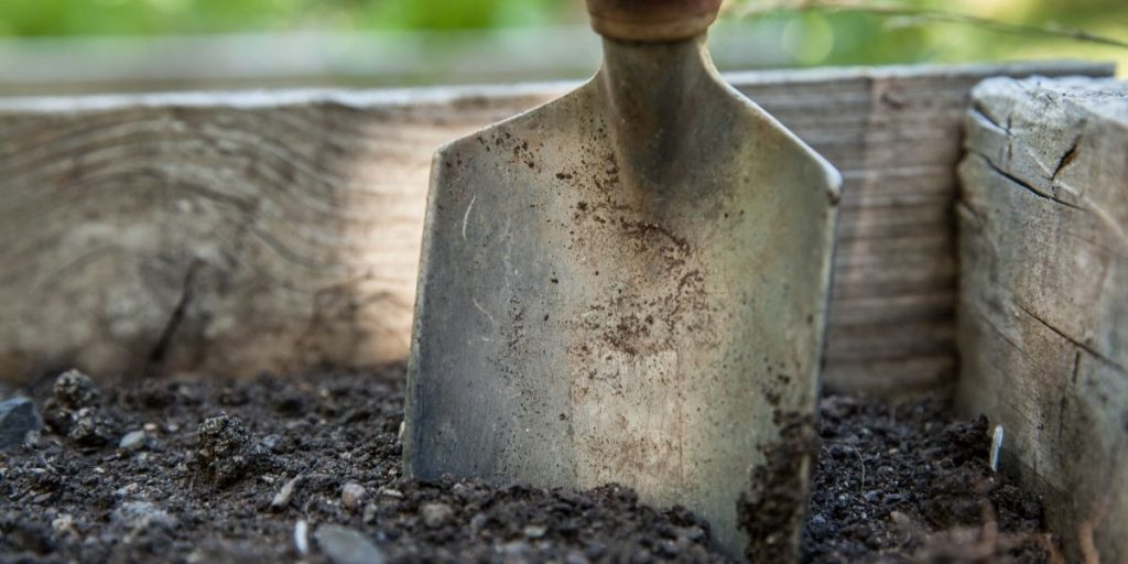 what does garden levelling cost